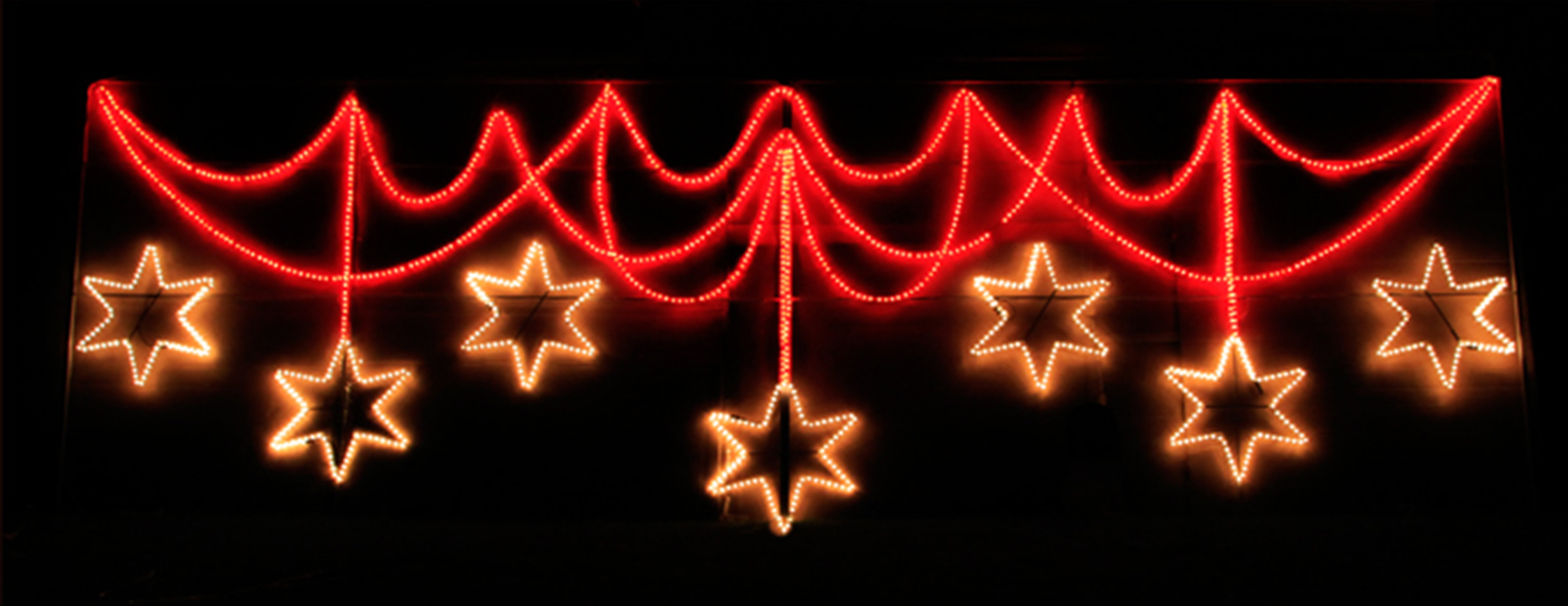 stars-and-curtain